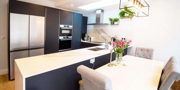 Tournay-rd-kitchen