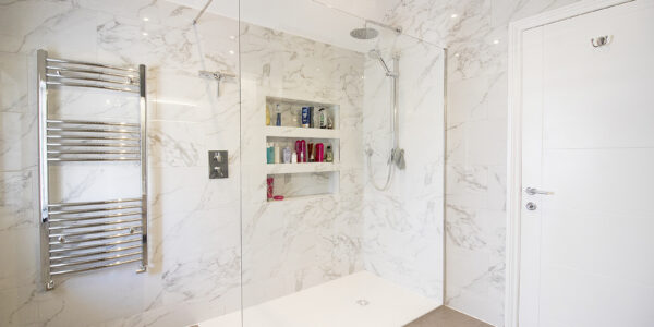 Fawley Lodge bathroom 1