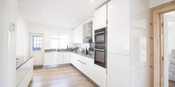 Fawley Lodge kitchen 1